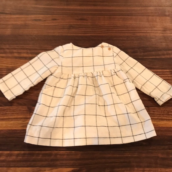 64eeb70e3af Zara natural plaid linen   wood button baby dress.  M 5ac13d87739d485f4278c322